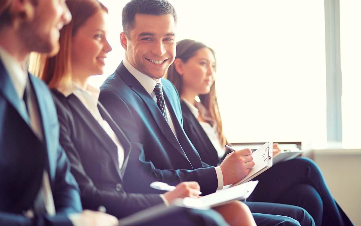 Programa Intensivo de Inglês para Negócios